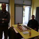 Klaus Molke und Christoph  Diekhans warten auf die Brettfreigabe